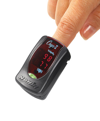 Nonin Onyx II 9550 Finger Pulse Oximeter + Holster & Soft Carry Case