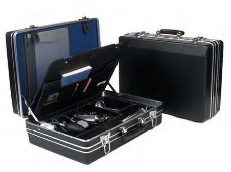 A Potterton  Med 17 VET Superior Case Black